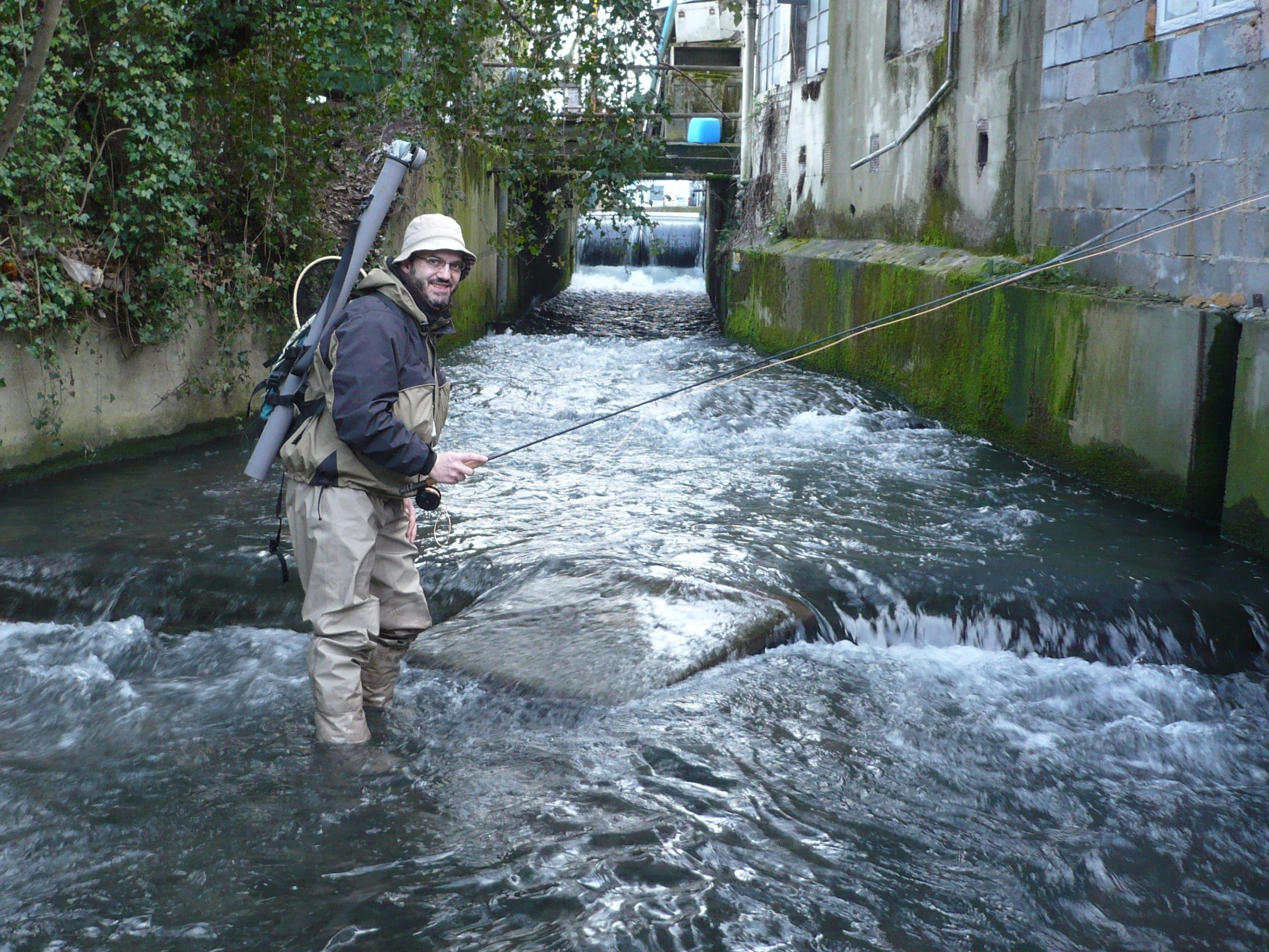 River Wandle fishing 044.