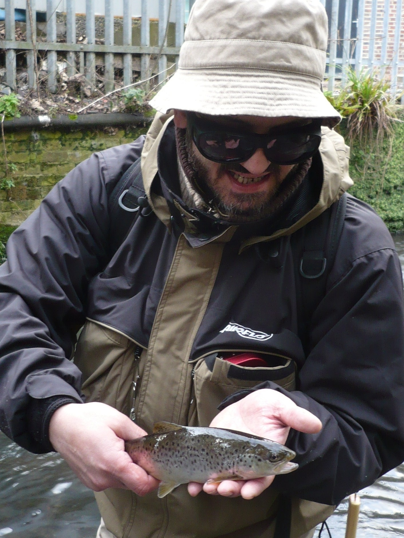 River Wandle fishing 044
