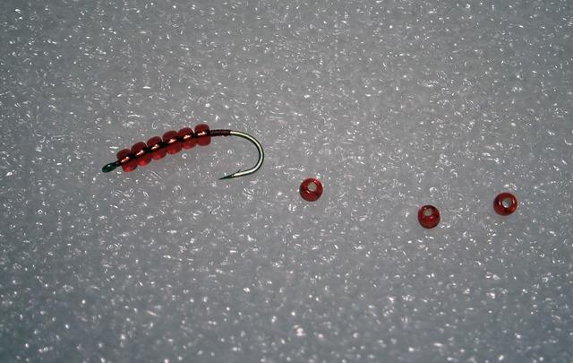 Blog Fliegenbinden Bloodworm2