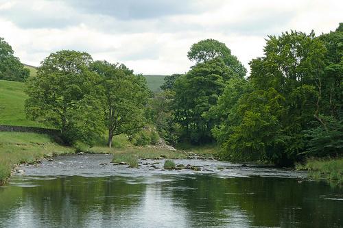River Wharfe © flickr: Tim Green aka atoach