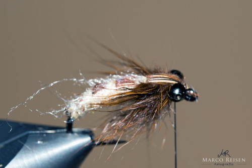 Marco_Reisen_Brown_Sedge_Puppe11